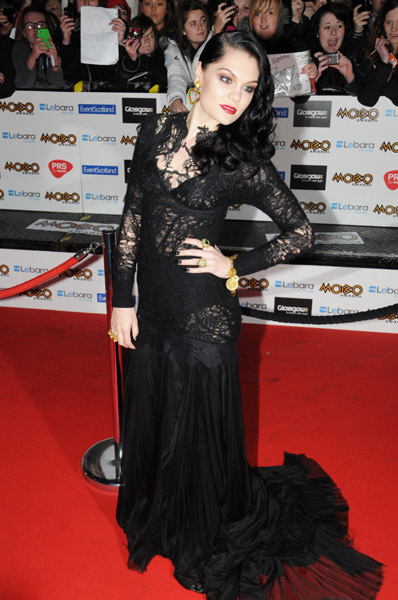 jessie j mobo 3 Hot Shots: Jessie J Leads MOBO Award Arrivals