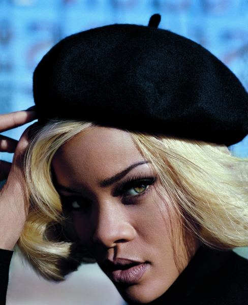 rihannavogueuk 2 Breaking: Rihanna Hospitalized In Sweden