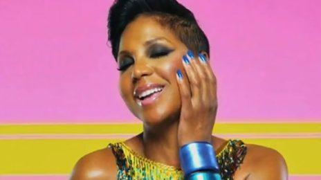 Toni Braxton Drops by 'Joy Behar Show', Talks TV & Terrence J with VH1
