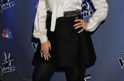 Hot Shots: Aguilera Shines At 'The Voice' Season 2 Launch