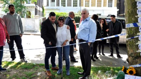 Amy Winehouse's Parents Visit Memorial Site
