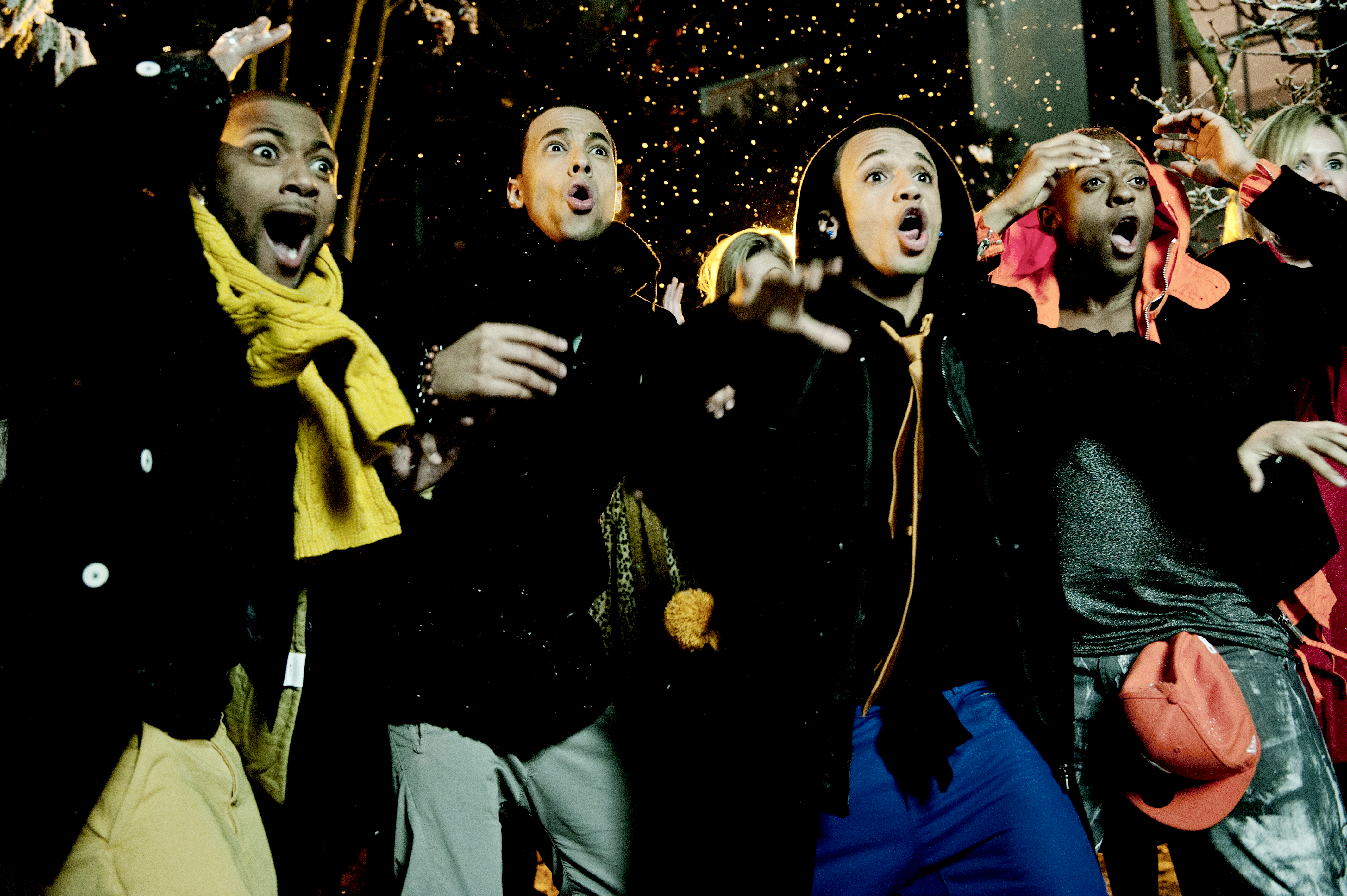 JLS DoYouFeelWhatIFeel photoby IdilSukan DrawHQ 31 Hot Shots: JLS Play In The Snow For New Video