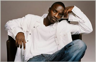 Akon Charged In Fan-Tossing Incident