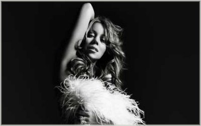 Preview Mariah's 'E=MC²'