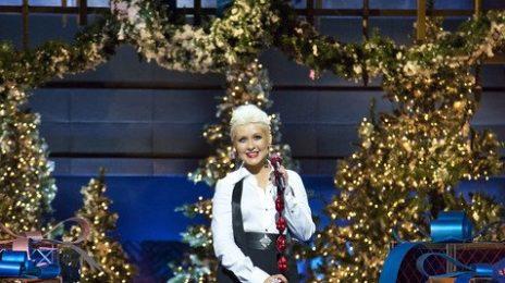 Hot Shots: Christina Aguilera Performs At Disney Parks