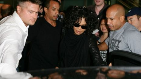 Hot Shots: Janet Jackson Causes Fanfare Down Under