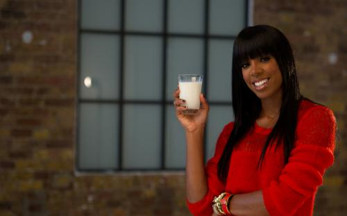 kelly rowland 9i Kelly Rowland Unveiled As Face Of Make Mine Milk