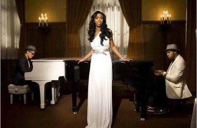 Brandy On The Set Of 'Long Distance'