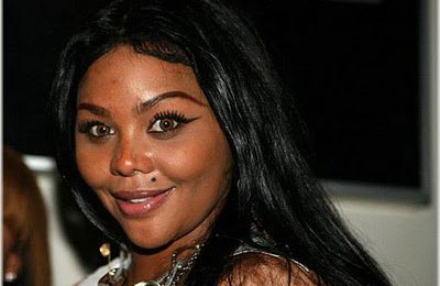 Lil' Kim Looking...