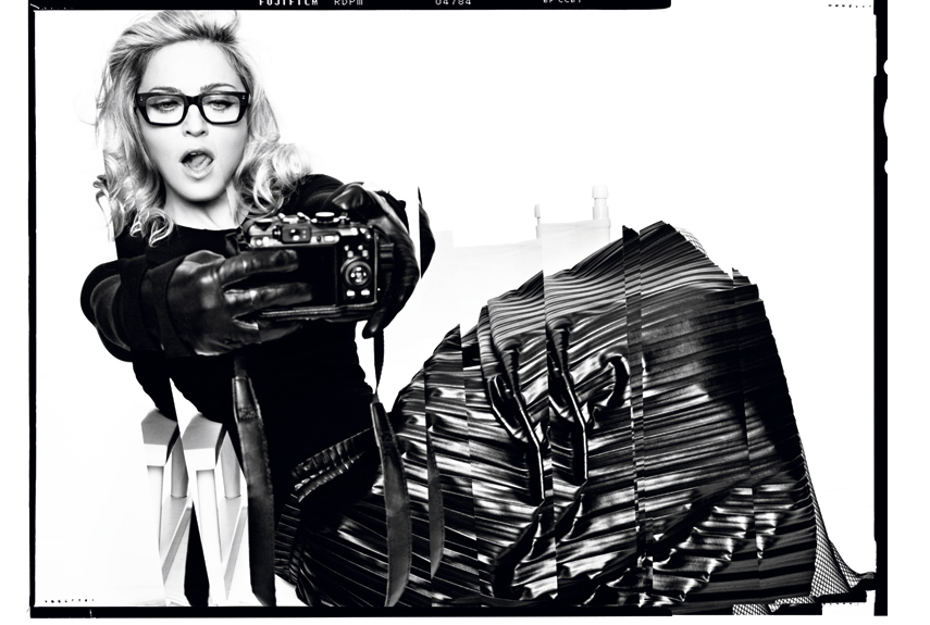 madonnaharper 4 Hot Shots: Madonna Makes Moves With Harpers Bazaar *Updated*