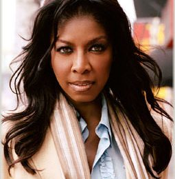 Natalie Cole: Winehouse Didn't Deserve Grammy's