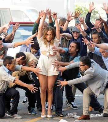 normal Papi day3 060017 Hot Shots: More Snaps From Jennifer Lopez Papi Video