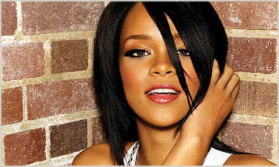 Rihanna Reigns On UK Singles Chart