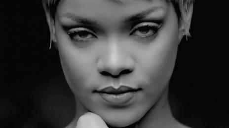 "Rihanna: ""Katy Perry Is A Legend/I'm Afraid Of Chris Brown Rumors"""