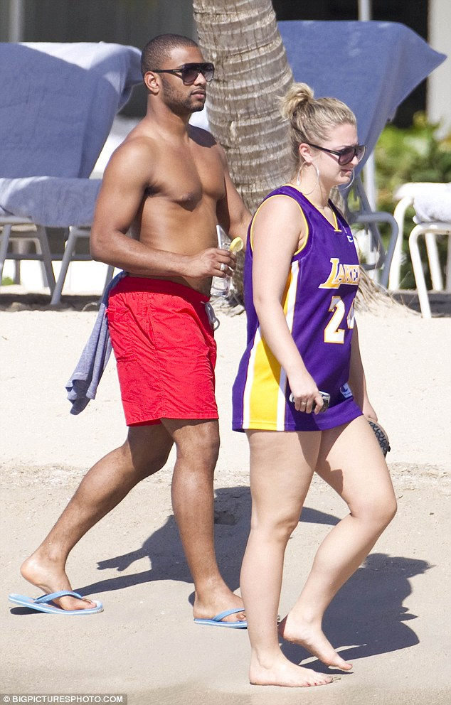 jb girlfriend 12 Hot Shots: JLS Star Frolics With Girlfriend Antigua