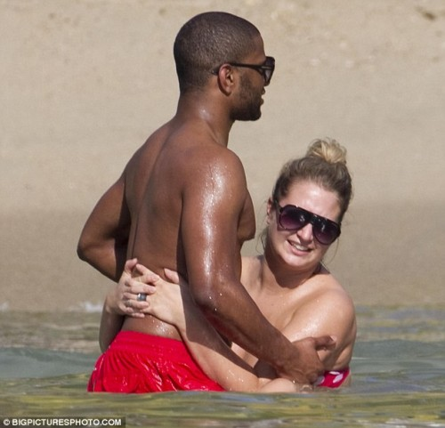 jls jb chick e1324382095672 Hot Shots: JLS Star Frolics With Girlfriend Antigua