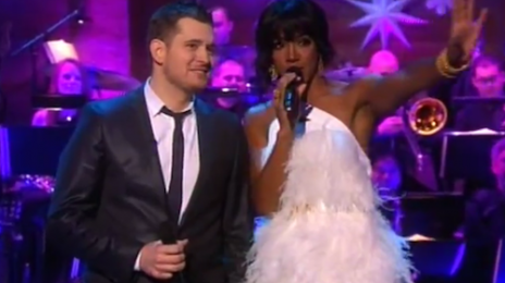 Kelly Rowland & Michael Buble Serve Up A 'White Christmas' (Performance)