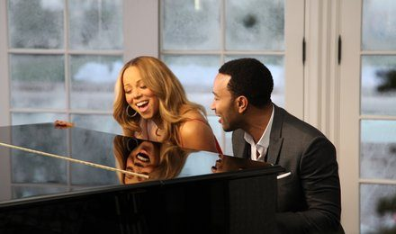 New Video: Mariah Carey - 'When Christmas Comes (Ft John Legend)'