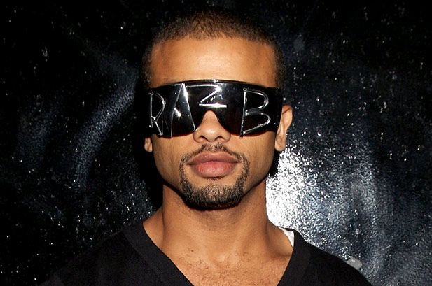 RAZ B Preview: Raz  B  Hold On