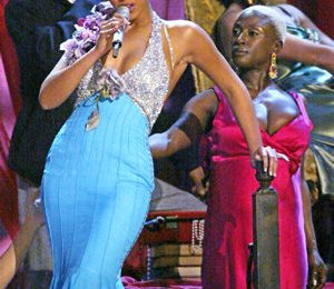 From The Vault: Beyonce Soars At Grammy's 2004
