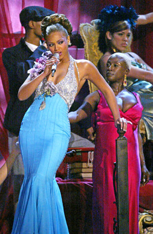 from the vault beyonce soars at grammys 2004 that