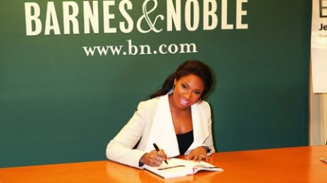 Hot Shots:  Jennifer Hudson Signs Into Barnes & Noble and 106 & Park *Updated With Video*
