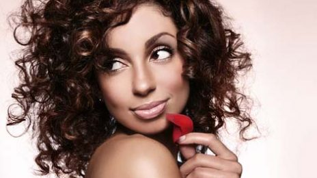 Watch: Mya Joins Keri Hilson At The 'Savoy' To Bring In New Year
