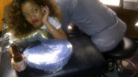 Hot Shots: Rihanna Hits Tattoo Parlour (A Must See!)