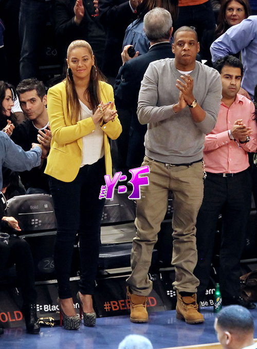 2c034682 Hot Shot:  Beyonce And Jay Z Coupled Up Courtside
