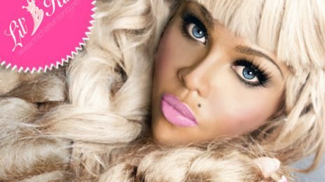 Watch : Lil Kim Performs Rihanna's 'Birthday Cake'