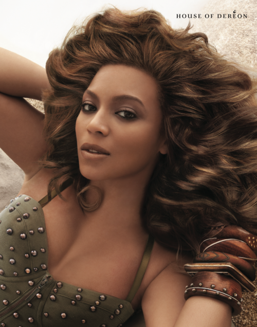 http://thatgrapejuice.net/wp-content/uploads/2012/02/beyonce-dereon-spring-e1330008490654.png
