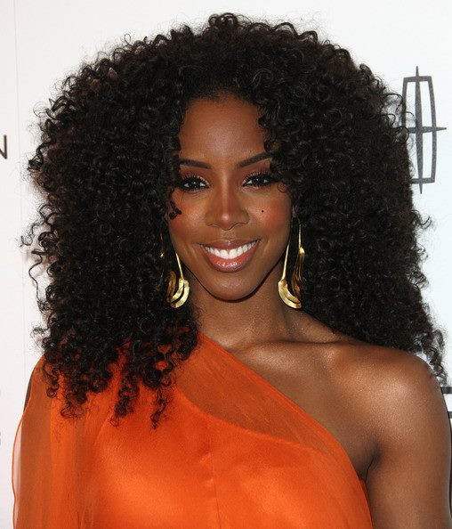 kelly rowland 54 Hot Shots: Kelly Rowland Sparkles As Essence Honor Her