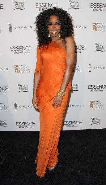 kelly rowland snatched 2 Hot Shots: Kelly Rowland Sparkles As Essence Honor Her