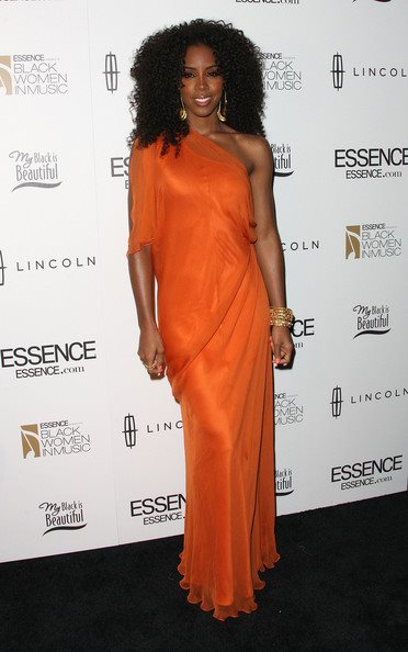 kelly rowland snatched Hot Shots: Kelly Rowland Sparkles As Essence Honor Her