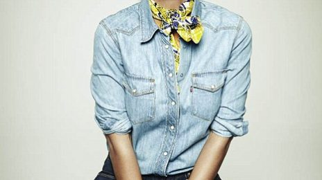 Hot Shots: Solange Glows On Rollacoaster