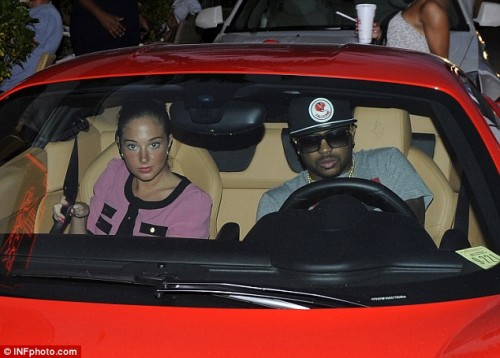 the dream tulisa e1330283120230 Hot Shot: The Dream Drives To Studio With...Tulisa