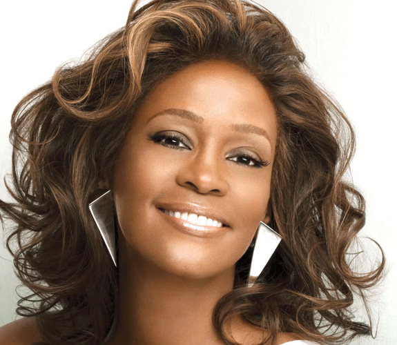 whitney houston1 US Charts: Whitney Houston Sets New Record / Adele Remains #1