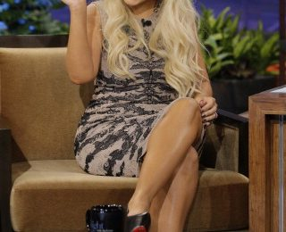 Watch: Christina Aguilera Talks Sexual Tension With 'Voice' Co-Stars On 'Leno'