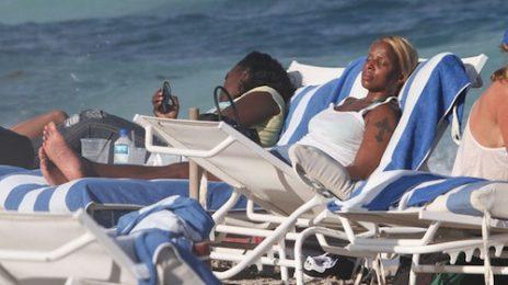 Hot Shots: Mary J. Blige Tanning On Miami Beach