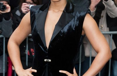 Hot Shots:  Alicia Keys Beams In Black