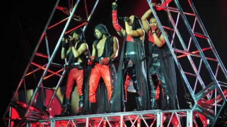 "Hot Shots: JLS ""Werk"" Up A Sweat On Tour"
