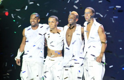jls tour e1331813819114 Hot Shots: JLS Werk Up A Sweat On Tour