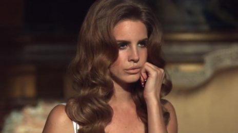 Lana Del Rey Readies 'New Album'