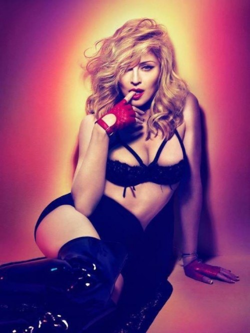 madonna mdna 123 e1331681784379 New Song: Madonna   Falling Free (Snippet)