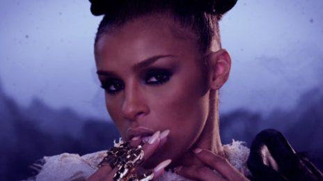 New Video: Melody Thornton - 'Lipstick&Guilt'