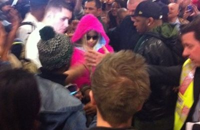 Pandemonium: Nicki Minaj Arrives In London