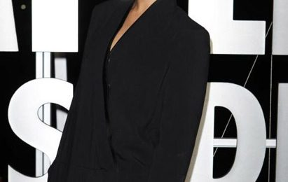 Hot Shots: Rihanna Goes 'Black' For 'Battleship'