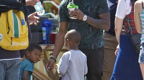 Hot Shots: Usher Plays Daddy At Disney