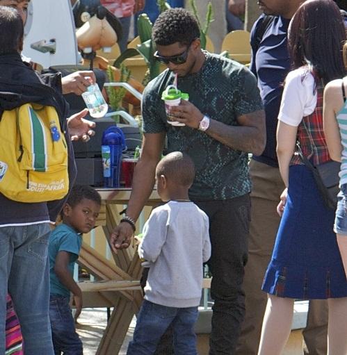 Hot Shots: Usher Plays Daddy At Disney - That Grape Juice