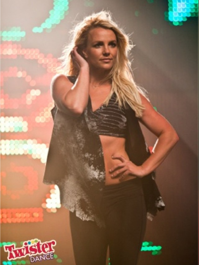 britney twister Hot Shots: Britney Spears Dances Up A Storm For Twister